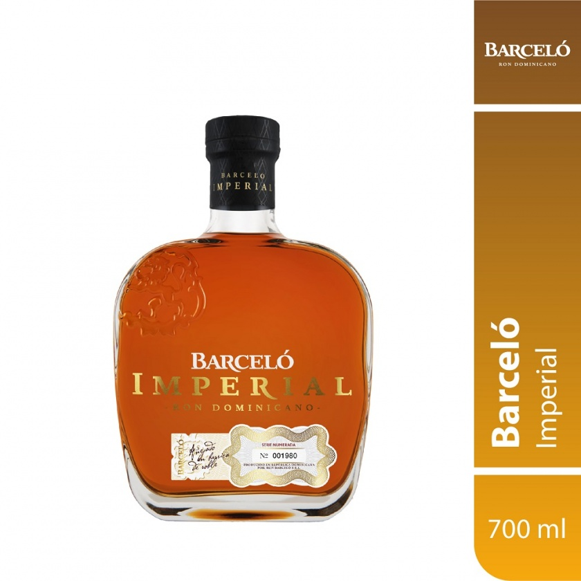 RON BARCELO IMPERIAL 700